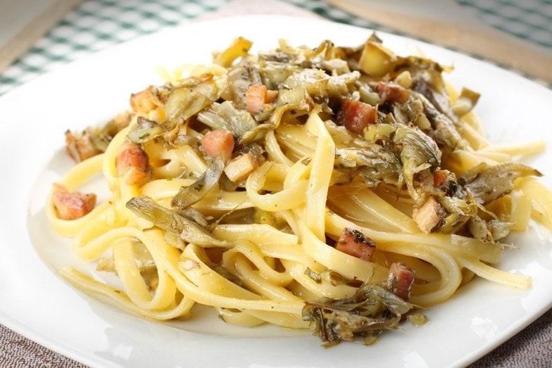 Ricetta Tagliatelle Carciofi e Pancetta